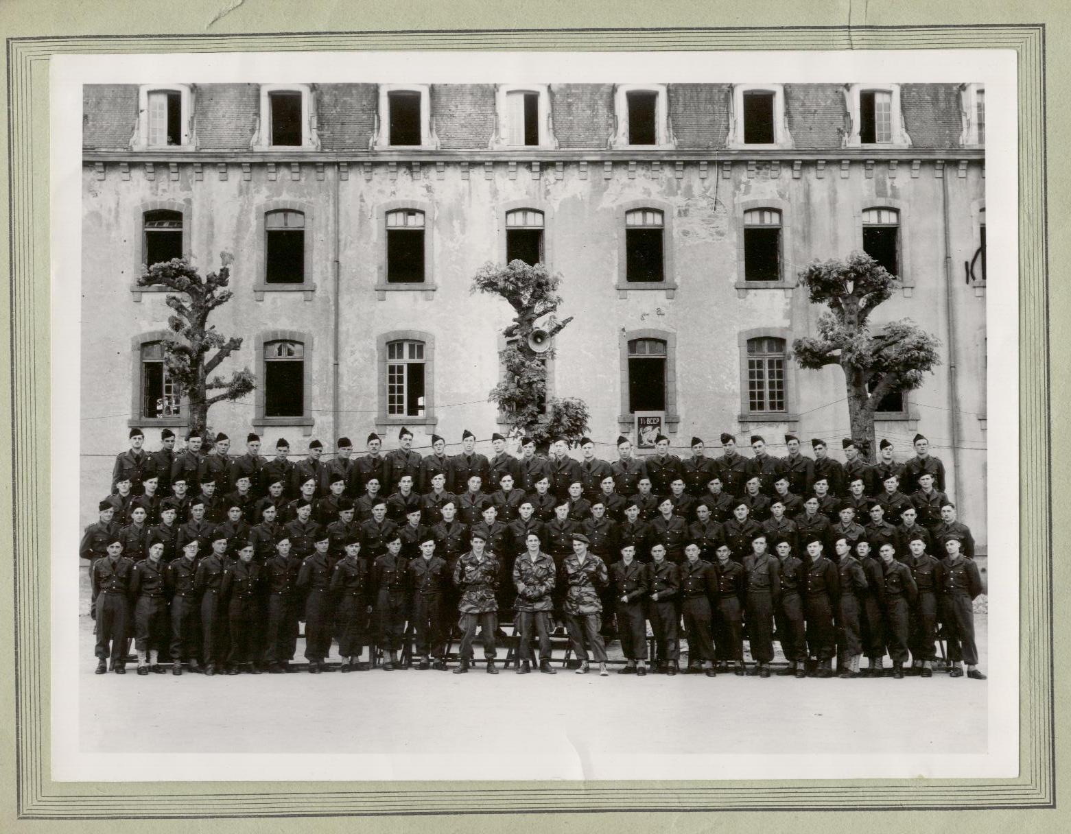 2- Guingamp mai 1953  en haut à gauche le 4eme Vince tué en Algerie en 1956 je suis en 2