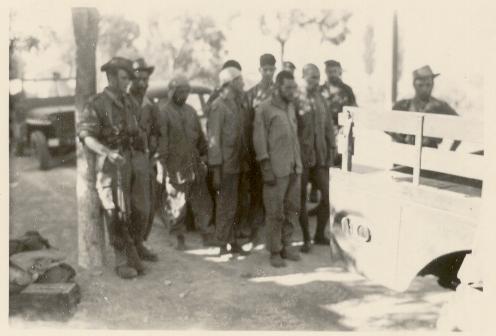 64-Des suspects
