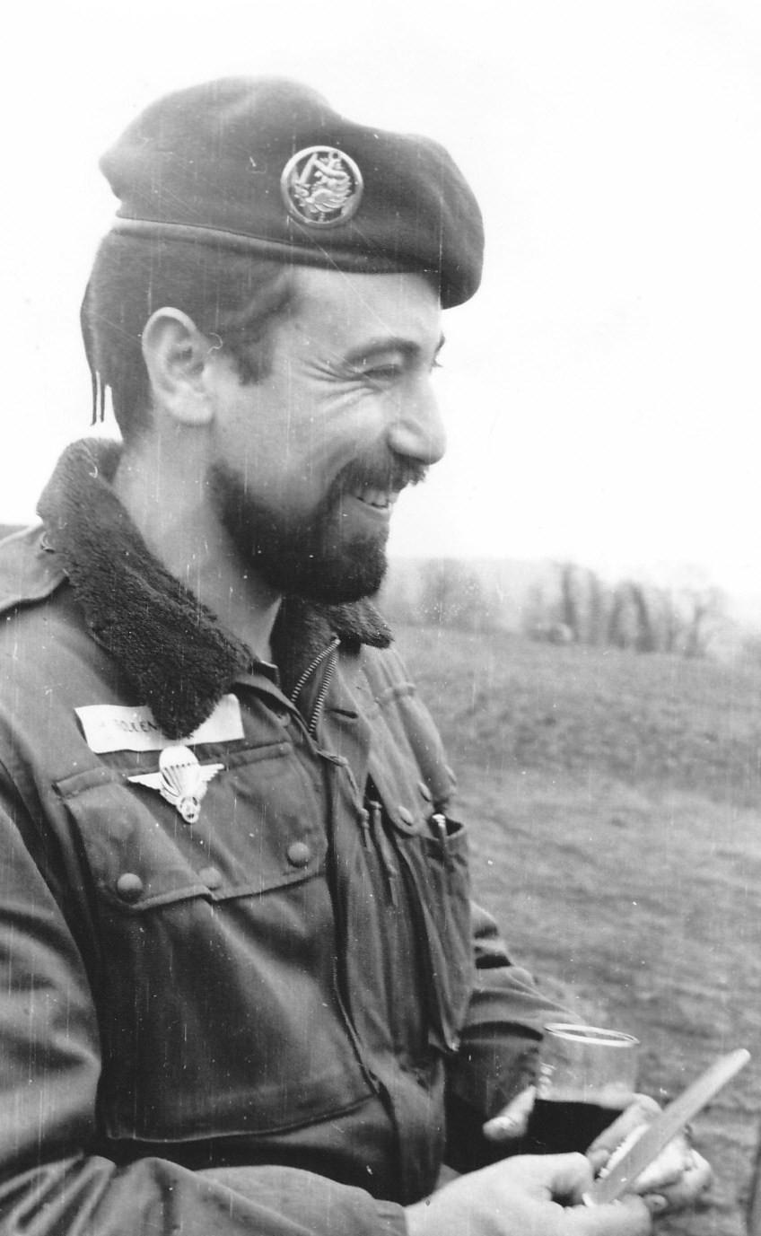 Lt Boulenouar Officier Artillerie
