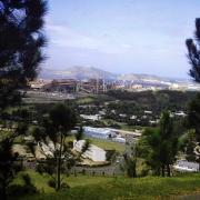 Vue dur l'usine de nickel Nouméa