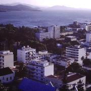 Vue sur Nouméa du poste (2)