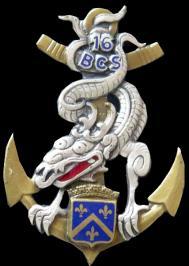 16 bcs insigne metallique du 16 bataillon de commandement et des services de fabrication drago